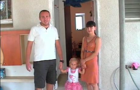 Елена и Александр Свяцкие репатриировались с дочкой Евой в сентябре 2009 года из Харьковской области в кибуц Цээлим в районном совете Эшколь